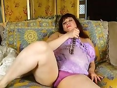 Super Super-cute Chubby Old Spunker Fucks Her Soaking Raw Vulva