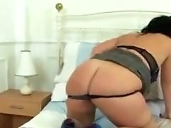 Spanish MILF Montse Swinger