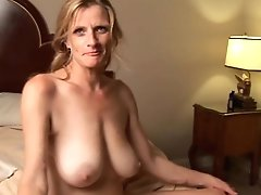 Bitchy Older Honey Is A Super Hot Fuck And Loves Facials