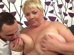 Youthful Motherfucker Fucks Big Mature Mom