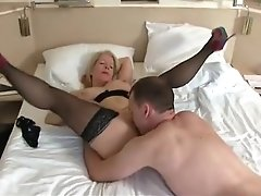 Hot Sexdate With Creampie