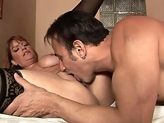 Brunette Tart Robbye Bentley With Huge Hooters Is Curious About Oral Sex With Hard Cocked Dude
