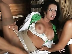 Johnny Sins Buries His Erect Meat Pole In Juicy Kristal Summers & Veronica Avluv's Snatch