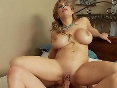 Chesty Blonde Mom Alyssa Lynn Sucking