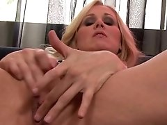 Huge-boobed Julia Ann Plays With Nip Clothespins