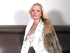 Hot Mature Super-bitch Mom With Big Hooters And Thirsty Cunt