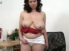 Enormous Boobed Mature Mom Playing With Her Old Slit