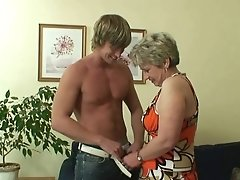 He Drills Her Smooth-shaven Old Labia