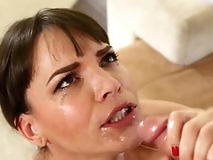 Dickblowing Neighbor Mummy Comes Over For Bj