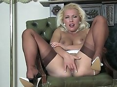 Lana Cox - Come Over And See Me