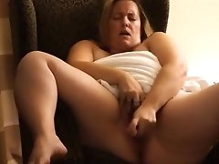 Bbw Wife Afternoon Vibrator Play