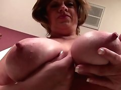 Huge-titted Natural Yankee Mature Mom With Thirsty Vagina