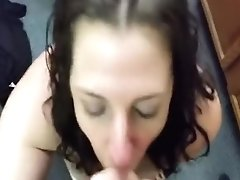 Blowjob Straight Out Of The Shower