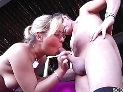 Mummy Mom Entice To Fuck Outdoor In Threesome By German
