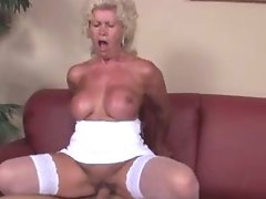 Lollipop-thirsty Granny Effie Having Hookup With A Youthfull Boy