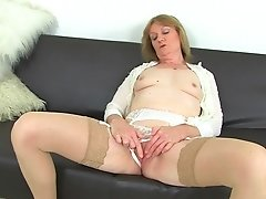 Brit Mummy Clare Juice Strips Off And Likes Her Hitachi