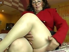 Horny Fledgling Brazilian Mature Mom Playing With Her Hairy Vag