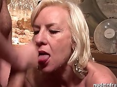 Sexy French Mature Deep Analized With Spunk Two Mouth In A Bar