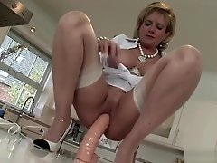 Unfaithful English MILF Lady Sonia Flashes Her Monster Puppies