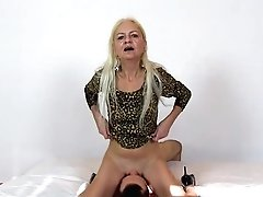 High Stilettos Grandma Vera Old With Youthful Cuni