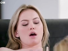 Stunning MILF Lesbo Eats Teenagers Pussy