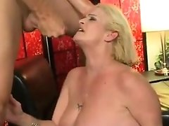 Mature Mummy Ass-fuck