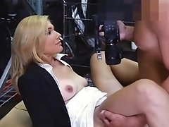 Sexy Mummy Pawns Her Cootchie And Pounded