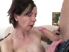 Youthful Motherfucker Fucks Kinky Mature Mom