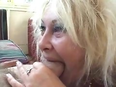 Granny And Bbw In Threesome Activity